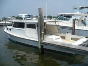 Chesapeake Bay Style Fishing Charter Boat in Annapolis, MD